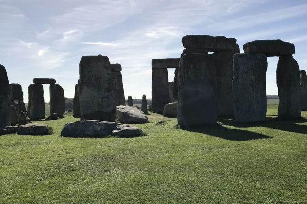 stonehenge-anglija49076FF8-39F6-2619-7A98-A8B78574385D.jpg